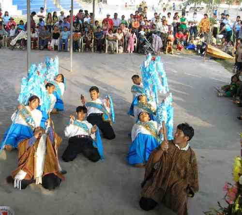 Los danzantes de navidad de Huancasancos
